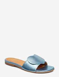 Amina, 599 Metallic Leather Shoes - 1135 METALLIC