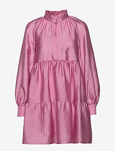 Jasmine, 784 Textured Poly - robes courtes - pink