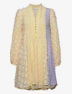 Vico, 845 Chiffon Mix - korte kjoler - daffodil