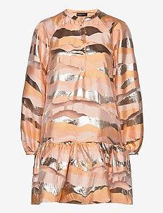Josefine, 923 Organza - robes courtes - horizon gold