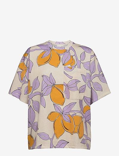 Katalina, 1083 Allover Tee - t-shirts - lemons