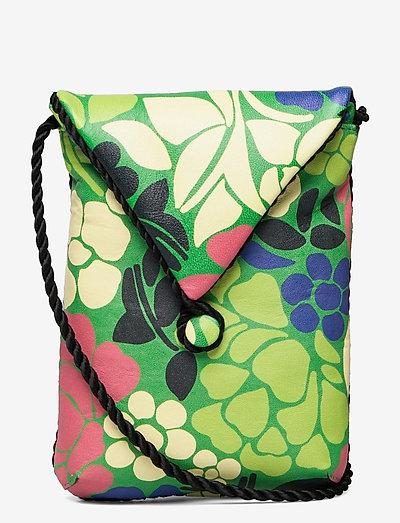 Lo, 1201 Pocket Bag - shoulder bags - banana leaf