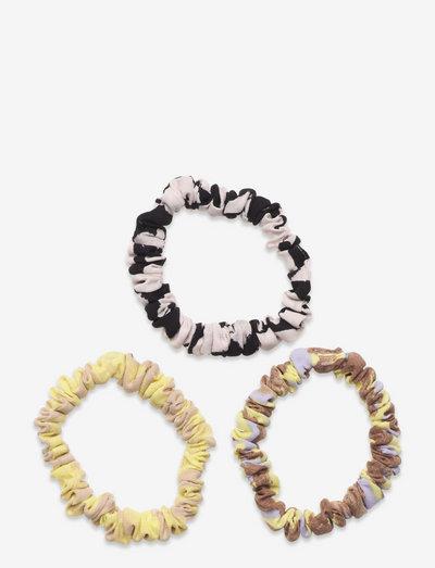 Scrunchy Pack, 1237 Leaf Poly - scrunchies - abstract leaf