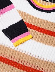 Storm & Marie - Maggie Dress - strikkjoler - stripes - 2