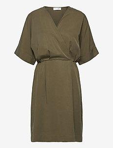 Eden Dress - korte kjoler - burnt olive