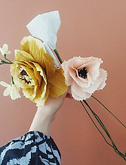Studio About - PAPER FLOWER, AFRICAN LILY - tørrede blomster - yellow - 3