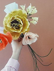 Studio About - PAPER FLOWER, AFRICAN LILY - tørrede blomster - yellow - 4