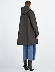 Stutterheim - Mosebacke - rainwear - black - 5