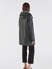 Stutterheim - Stockholm LW - rainwear - black - 6