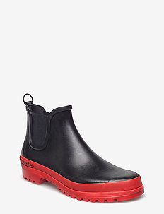 Chelsea Rainwalker - BLK/RED