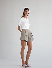 Stylein - SALLES - shorts casual - beige - 0