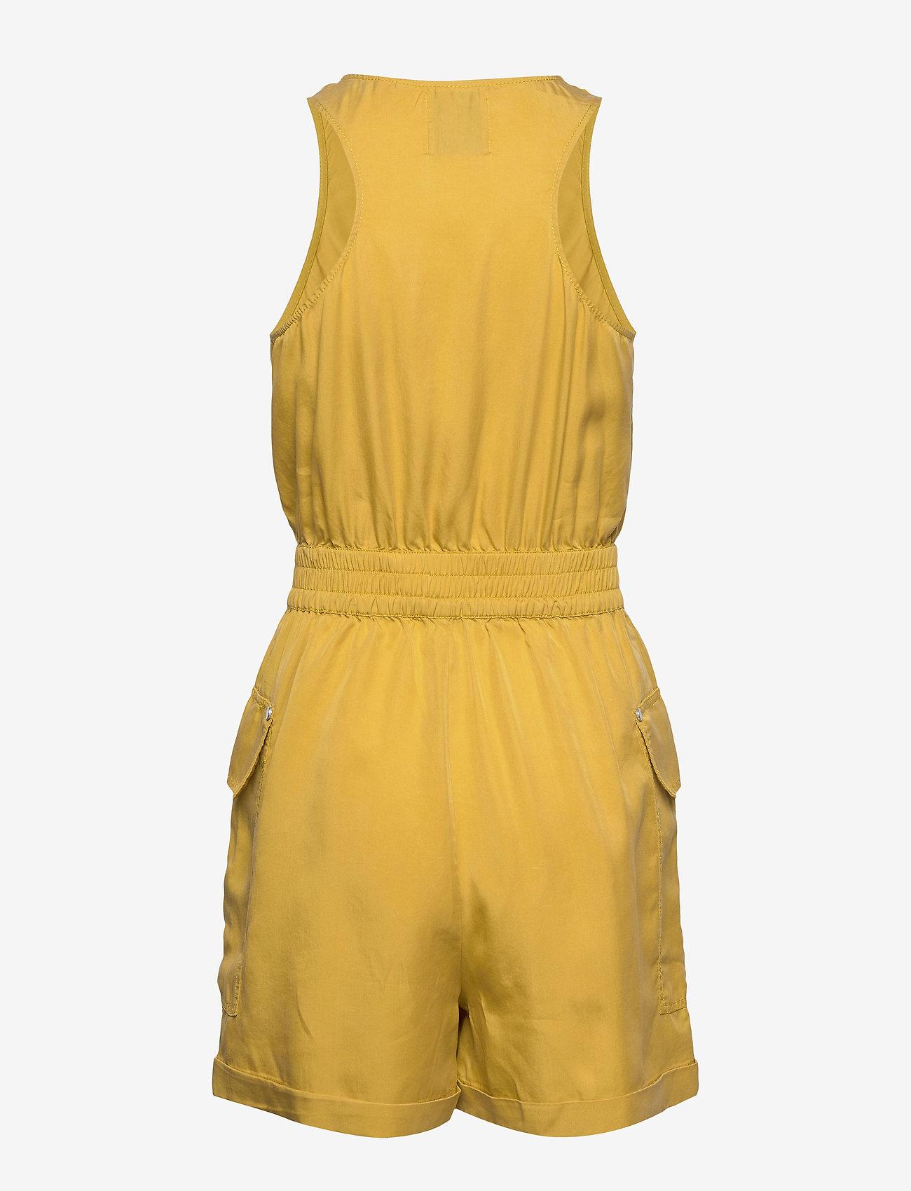 Superdry - NEVADA HALTER PLAYSUIT - buksedragter - oil yellow - 1