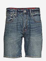 Superdry - CONOR TAPER SHORT - denim shorts - byrom mid vintage - 0
