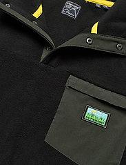 Superdry - B TRAIL POLAR FLEECE POP OVER - basic-sweatshirts - black - 2