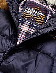 Superdry - DOWNHILL RACER BOX QUILT JKT - padded jackets - true navy - 3