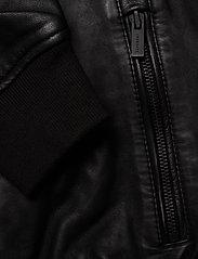 Superdry - LIGHTWEIGHT LEATHER TRACK JKT - lederjacken - black - 4