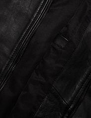 Superdry - LIGHTWEIGHT LEATHER TRACK JKT - lederjacken - black - 5