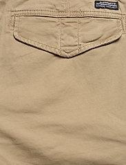 Superdry - CORE CARGO SHORTS - cargo shorts - dress beige - 6