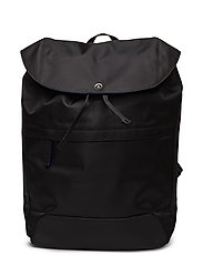 IE CONTRAST BACKPACK - BLACK
