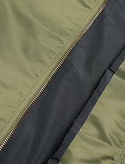 Superdry - MA1 BOMBER - bomber jackets - trekking olive - 4