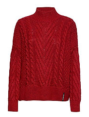 DALLAS CHUNKY CABLE KNIT - RIO RED