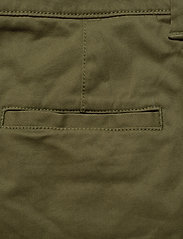Superdry - NEW CITY CHINO - chinos - capulet olive - 4