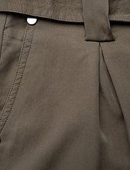 Superdry - DESERT PAPER BAG SHORT - casual shortsit - bungee cord - 2