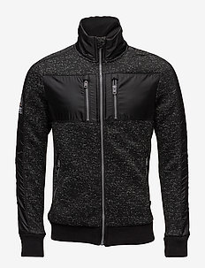 STORM TRACK TOP - GRITTY BLACK