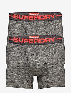 hyvä ulos x uusi saapuu parhaiten rakastettu Superdry | Laaja valikoima uusimpia tyylejä | Boozt.com