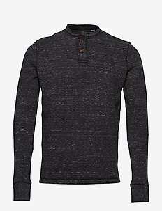 CORE WASH L/S CHARIOT TOP - BLACK GRIT