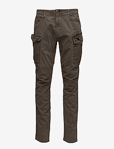 CORE CARGO LITE PARACHUTE PANT - casual trousers - platoon green