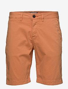 INTERNATIONAL CHINO SHORT - chinos shorts - mandarin orange