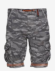 CORE CARGO LITE SHORT - casual shorts - tiger ice camo