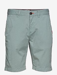 INTERNATIONAL SLIM CHINO LITE SHORT - chinos shorts - haze green