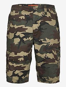 CORE CARGO SHORTS - cargo shorts - camo