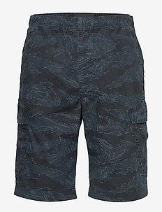 WORLDWIDE CARGO SHORT - casual shorts - bayside tiger camo