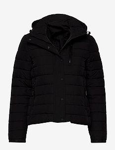 Classic Fuji Padded Jacket - forede jakker - black