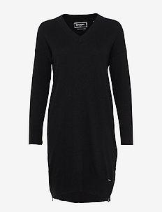 JAYDEN LUXE KNIT DRESS - BLACK