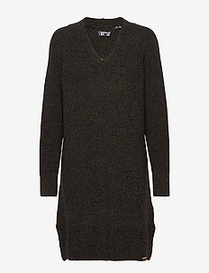MARISSA VEE KNIT DRESS - stickade klänningar - deep khaki twist