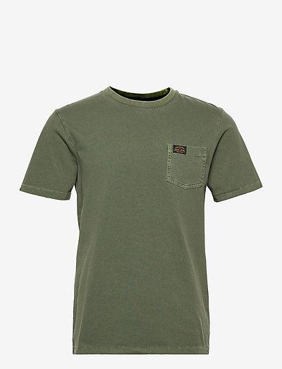 WORKWEAR POCKET TEE - t-shirts à manches courtes - four leaf clover