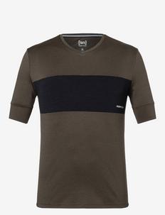 M GRAVIER TEE - t-shirts - wren/jet black