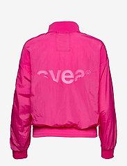 Svea - U. Dark Windbreaker Jacket - lichte jassen - bright pink - 1