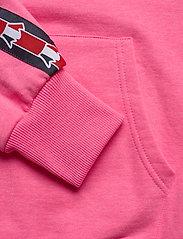 Svea - Janet Hood - bluzy z kapturem - neon pink - 5