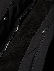 Svea - Short Padded JR Jacket - puffer & padded - black - 8
