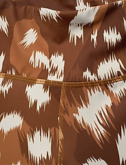 Svea - Svea Sport Shorts - spodenki treningowe - brown deer - 3