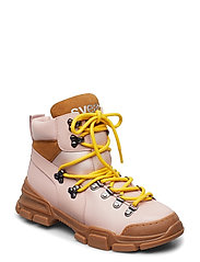 Tracking Boot - PINK