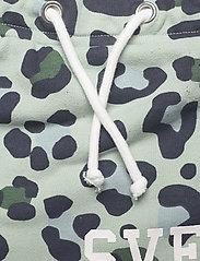 Svea - K. Girly Sweat Skirt - röcke - minty leo - 3