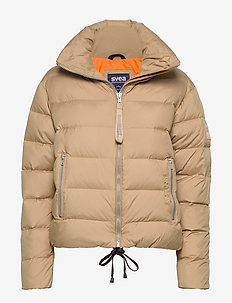 SHORT LIGHT WEIGHT JACKET - CAMEL