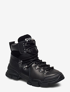 Tracking Boot - platte enkellaarsjes - black