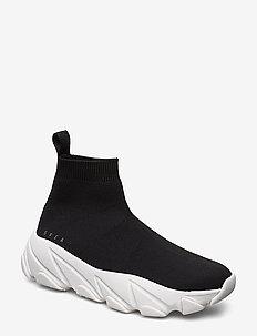 Svea Sock Sneaker - BLACK